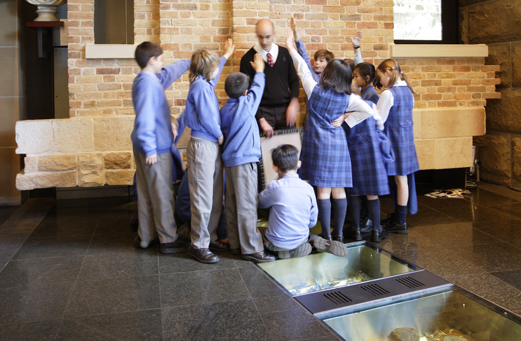 Museum Of Sydney Foyer : Students from st anthony s marsfield in the foyer museum