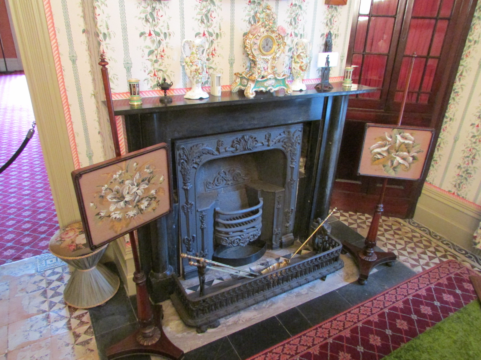 how to set up a fireplace