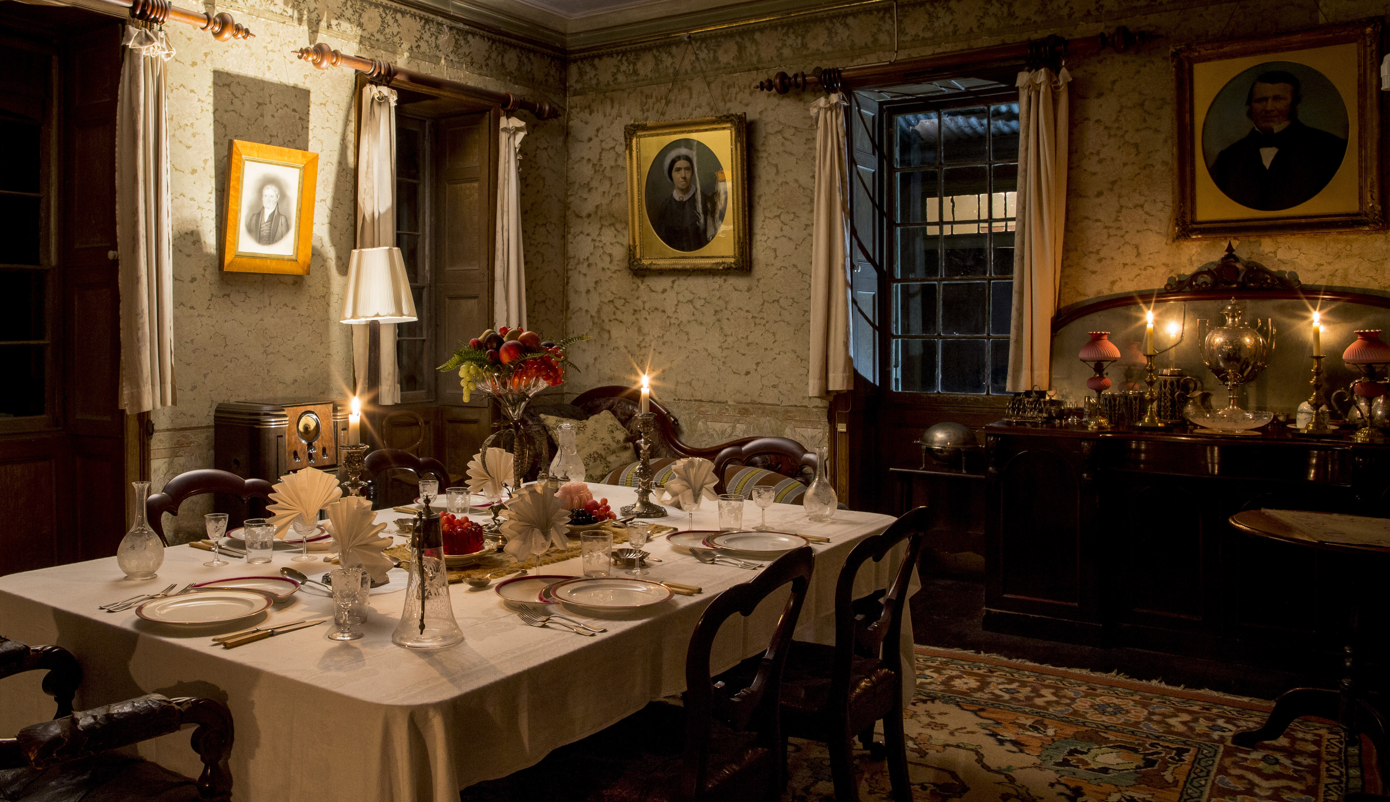 The dining room of rouse hill house at night sydney for The dining room sydney