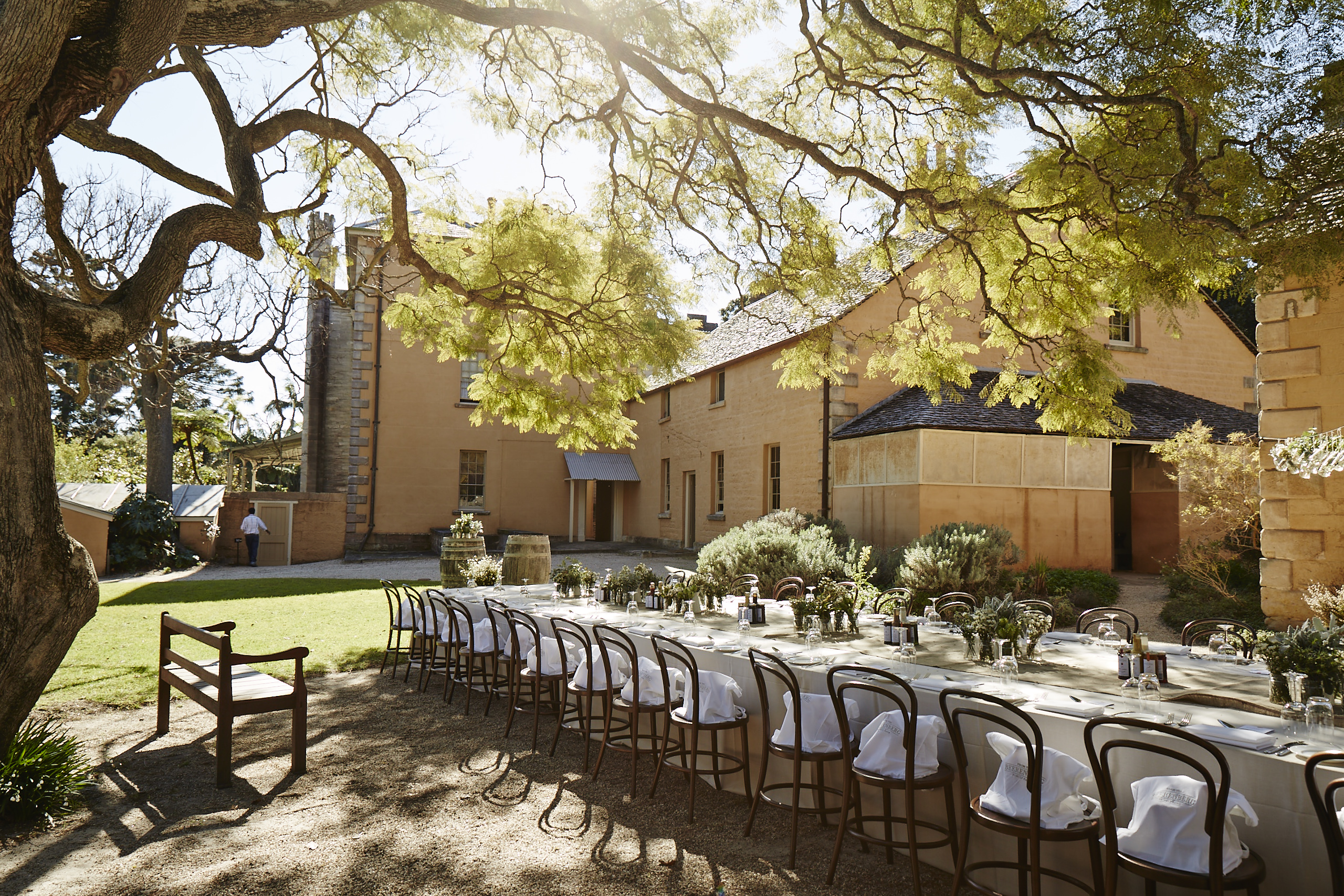 Vaucluse House Kitchen Courtyard Photo C Stuart Miller