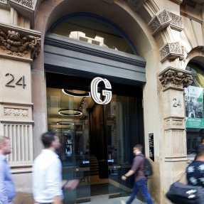 Entrance to George Place from 24 York Street.