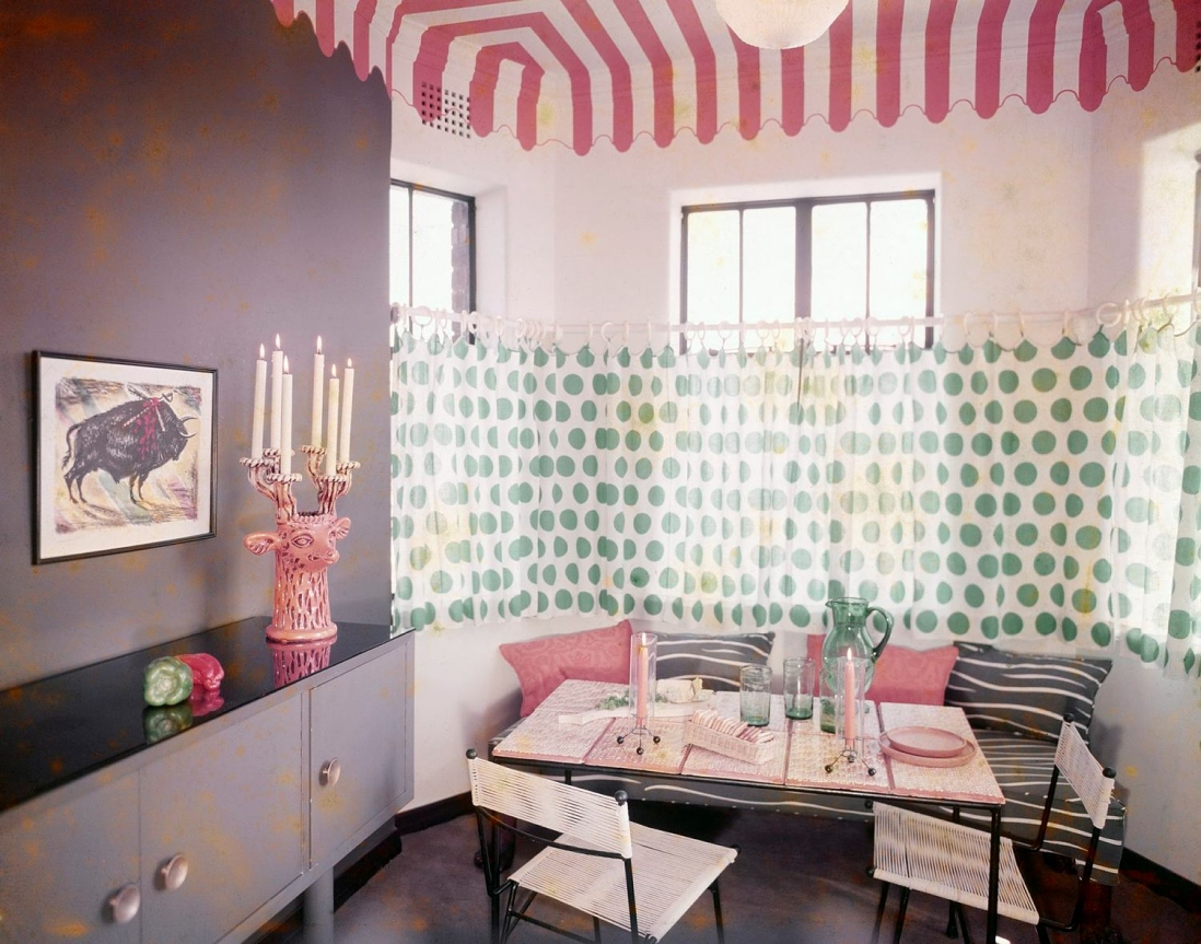 Dining alcove of Peter Playfair's flat in Elizabeth Bay NSW, 1953