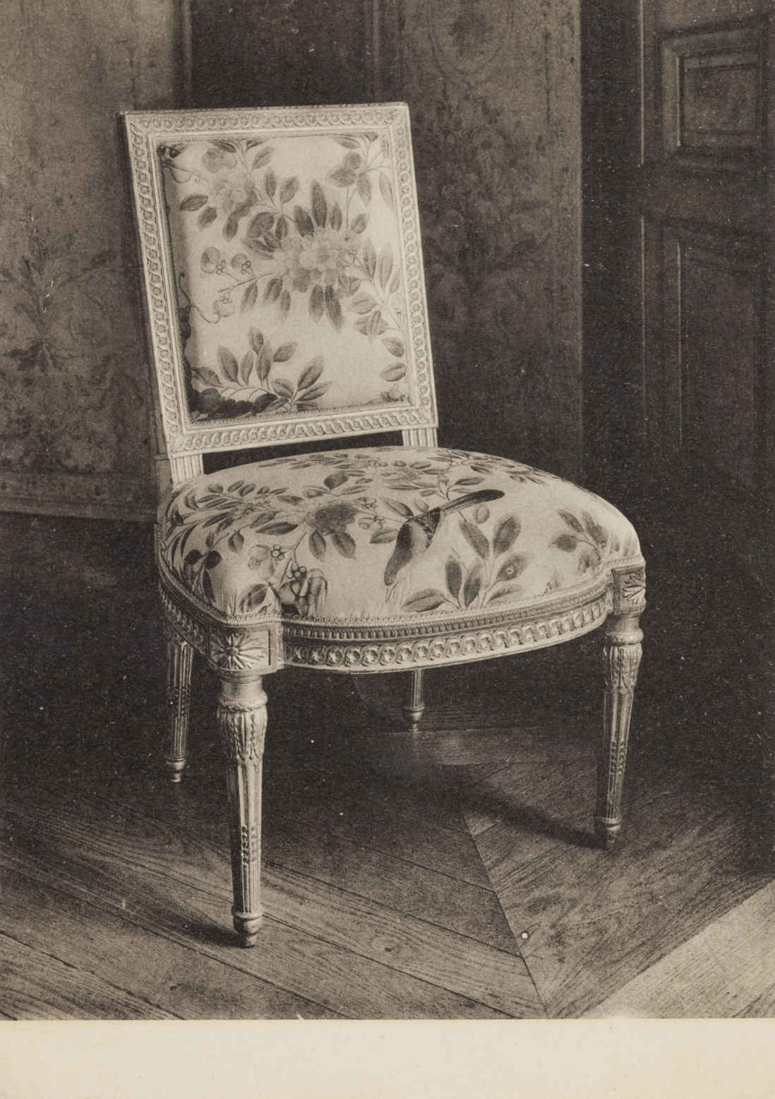 Postcard of a 'Chaise en bois sculpte' dated to 1791