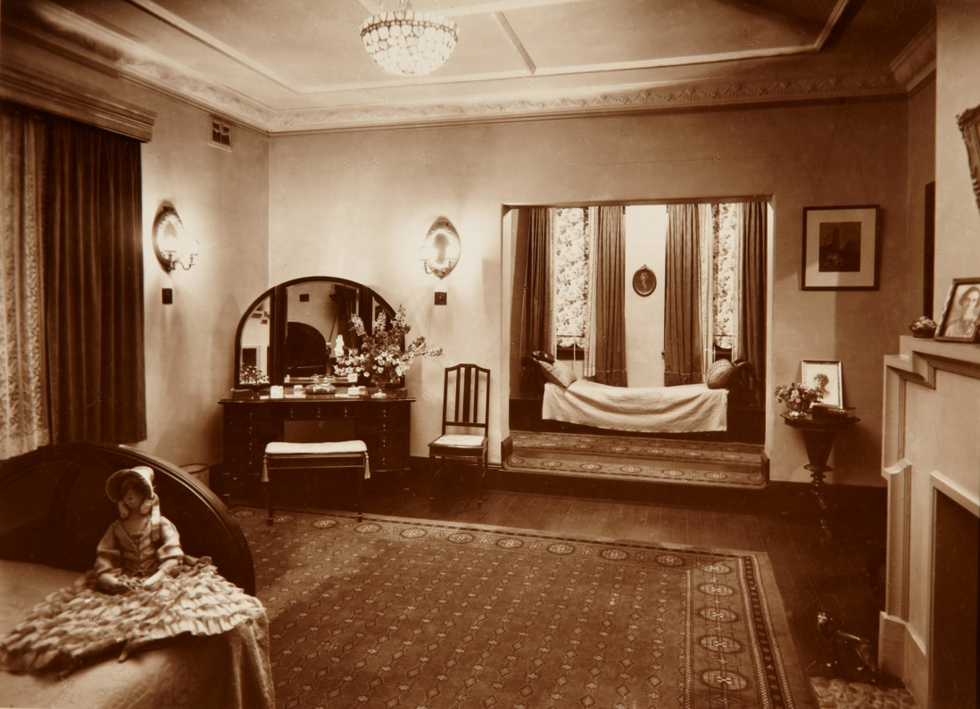 View of a bedroom at Tinagroo homestead near Scone New South Wales, c1925.