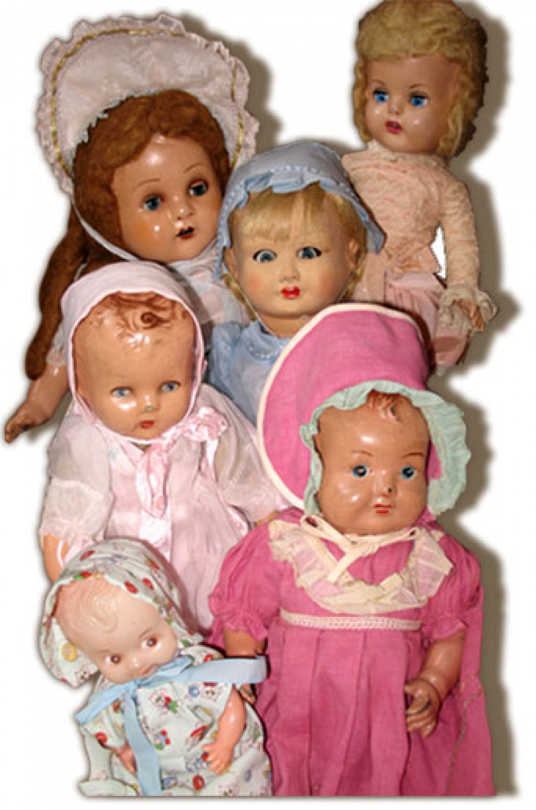 A group pf old-fashioned dolls