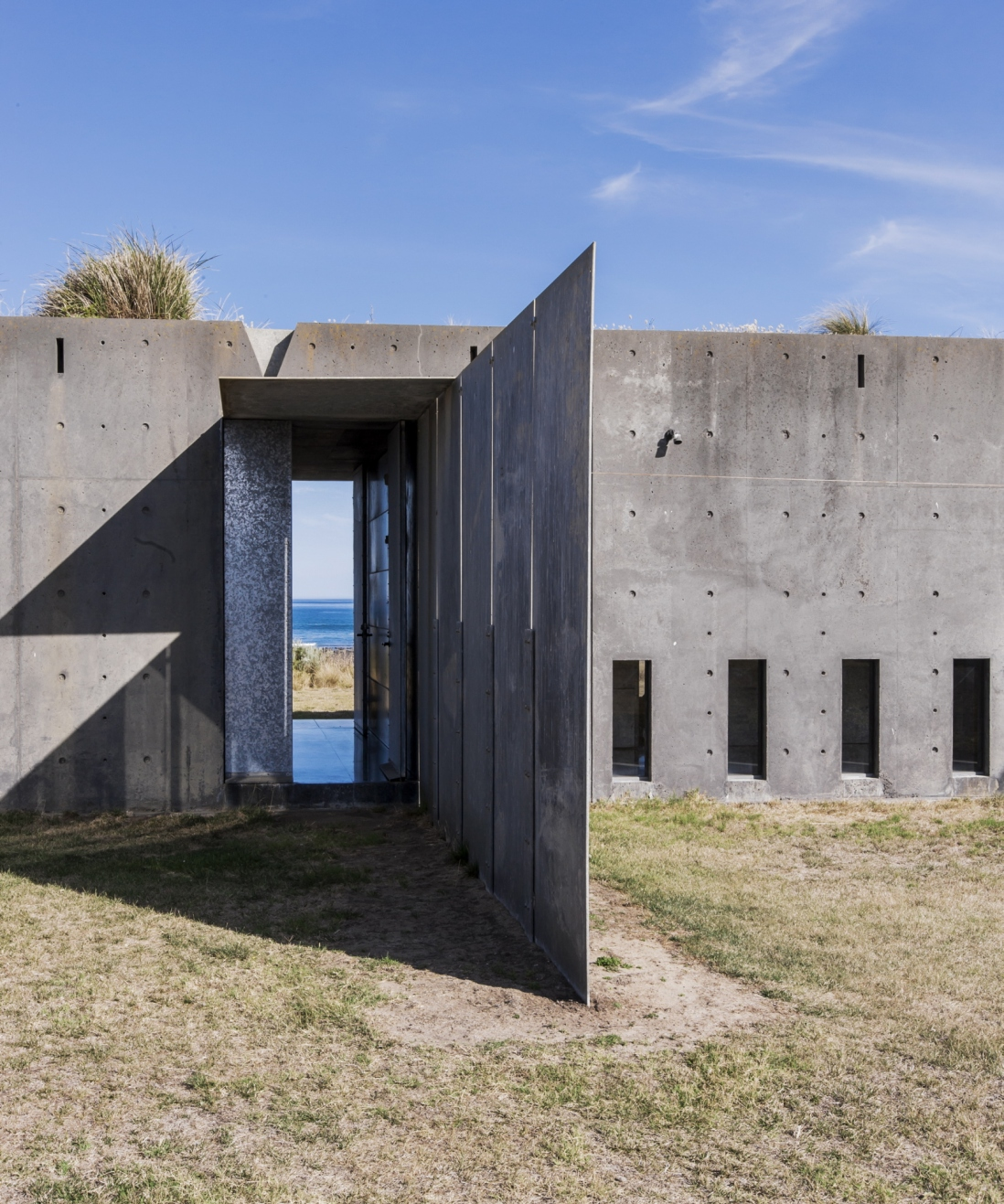 The phillip island house sydney living museums for Beach house designs phillip island
