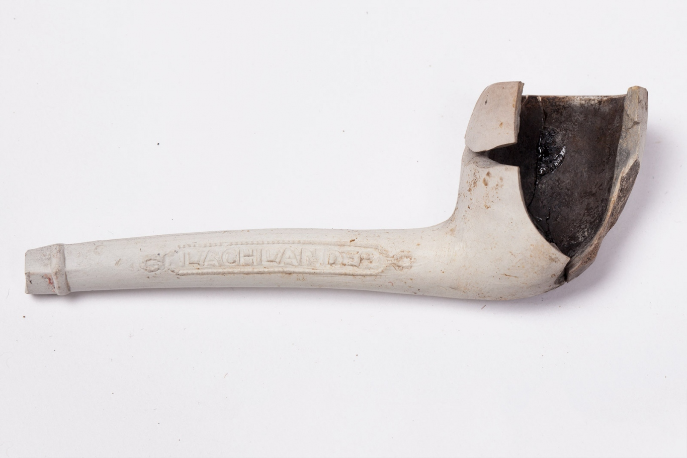 Clay tobacco pipe