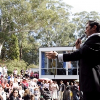 50's crooner Grant Galea performs at Rose Seidler House