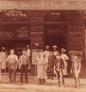 Quong Tart and staff outside Loong Shan Tea House, 137 King St