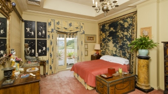 Designer Leslie Walford's master bedroom in his penthouse apartment, Double Bay