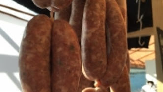 Sausages! Sausages for everyone!