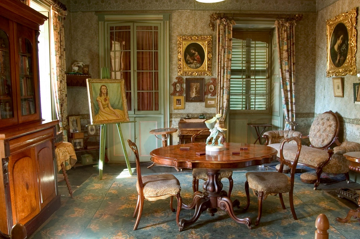 The sitting room, Rouse Hill House, June 2004.