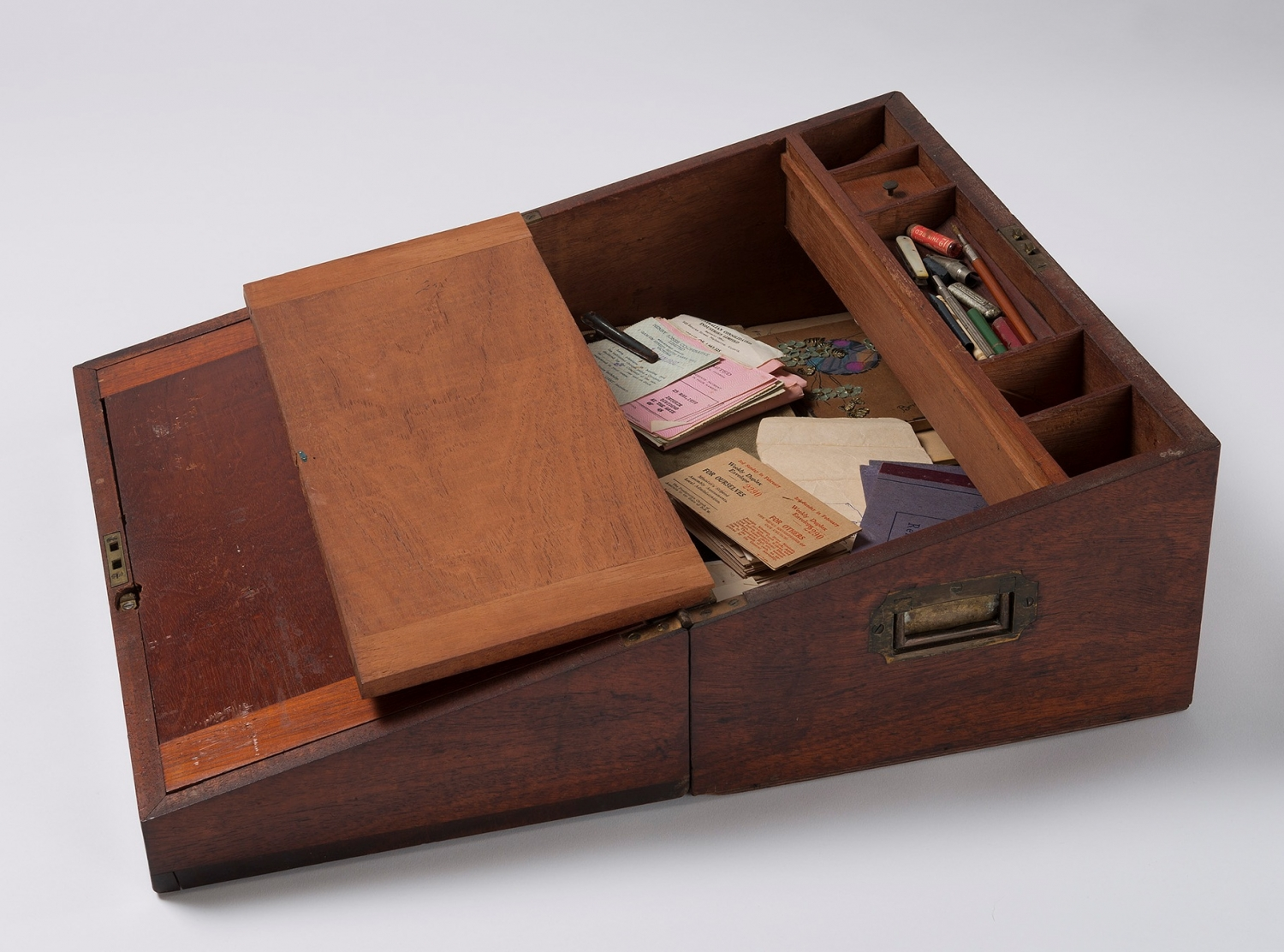 Writing desk from the Meroogal collection, used by Helen Macgregor.