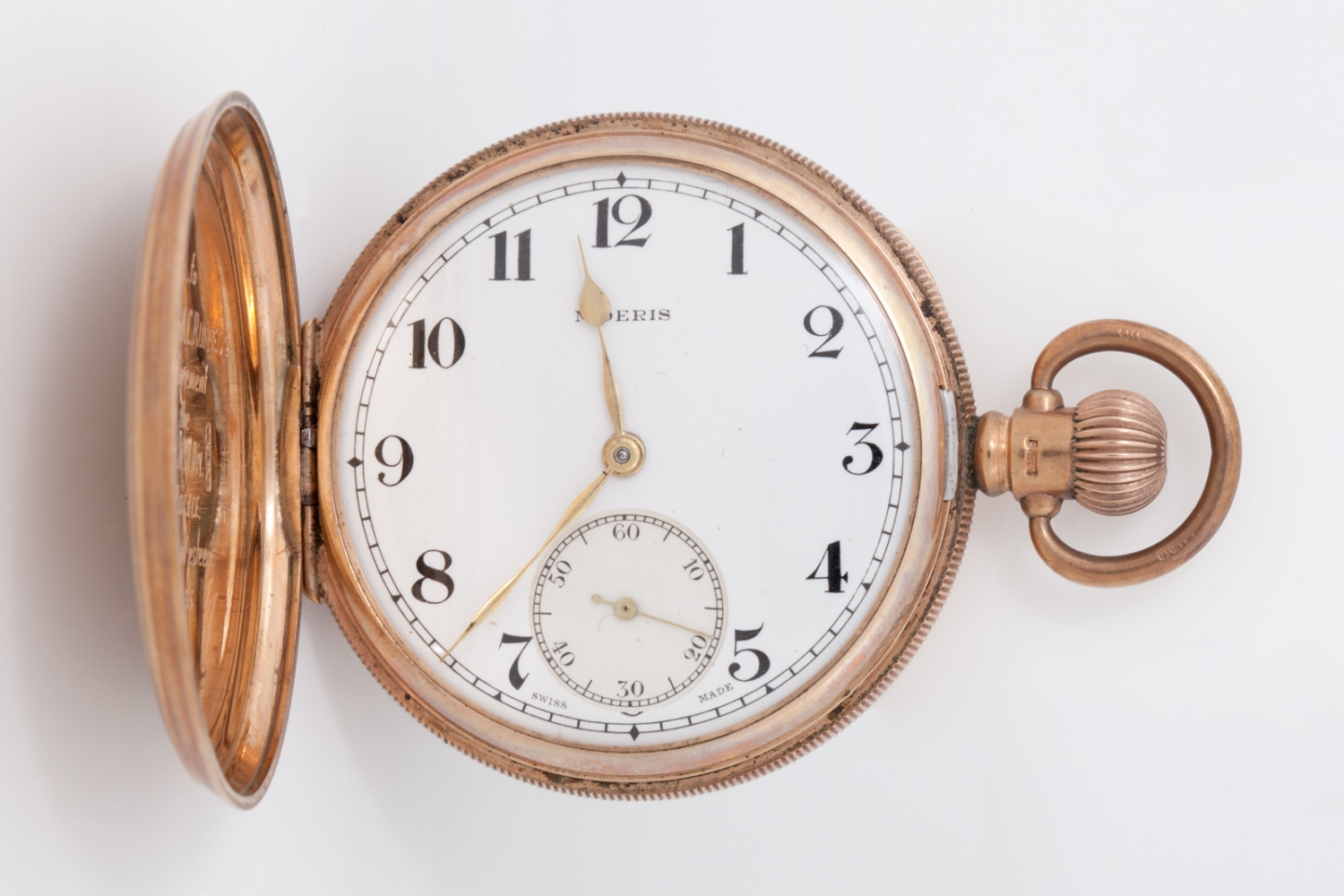 Gold pocket watch presented to Inspector Arthur James Colyer Ruffels, 1935