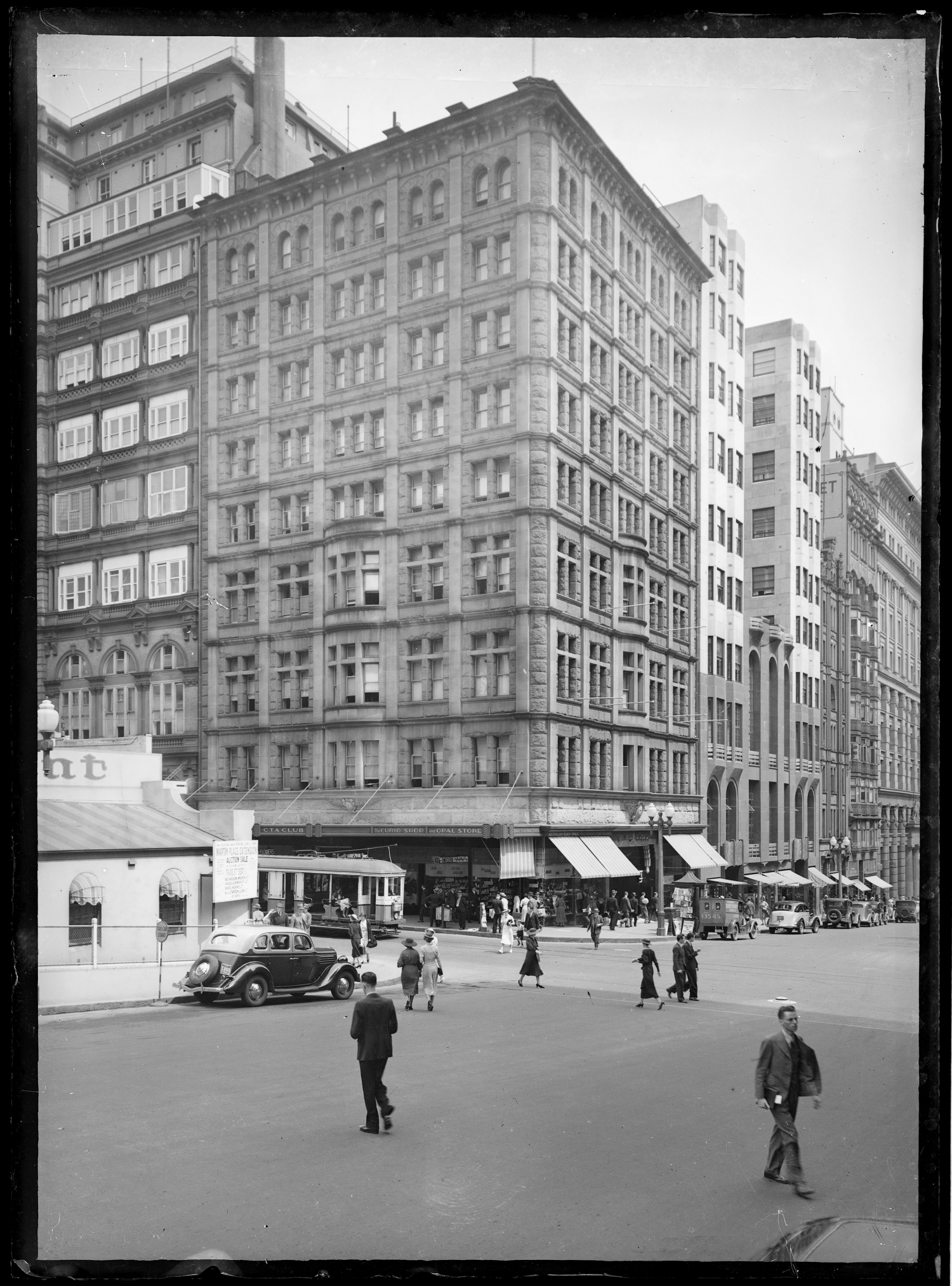 Black and white photograph of a building in the Sydney CBD,
