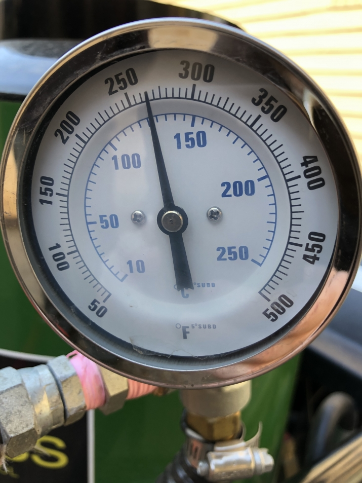 the temperature guage on the steam weeder sits at 125 degrees